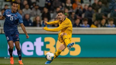 New dad Leckie out of Roos