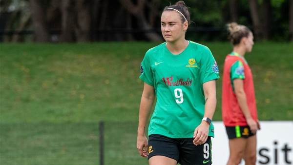 Matildas' Foord faces virus quarantine