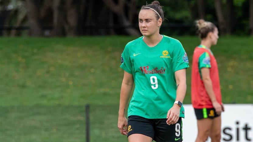 Matildas' Foord faces virus quarantine