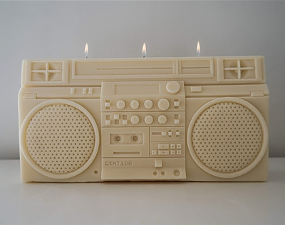 behold: cent.ldn's boombox candle