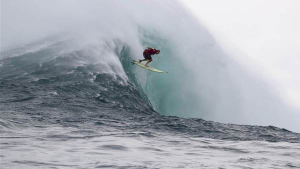 Keala Kennelly Wins Women's Event at Jaws