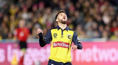 De Silva joins Bulls, Victory duo depart