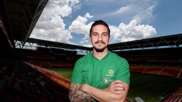 Socceroos call on Maclaren against Taiwan