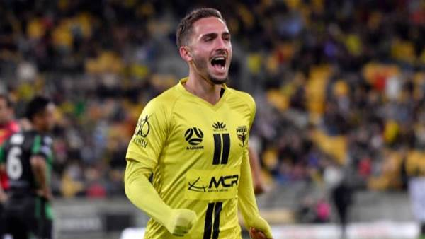 Phoenix rise to 7th in A-League homecoming