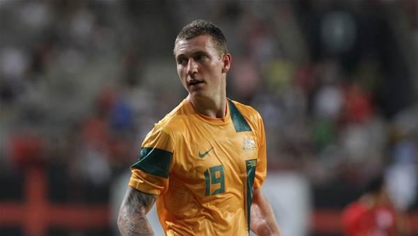 Socceroo stays with Shimizu