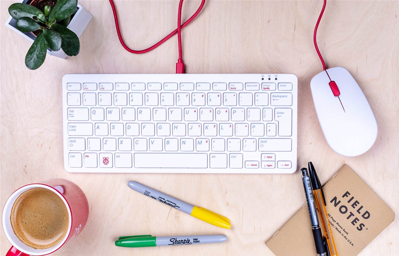 Raspberry Pi launches official mouse and keyboard