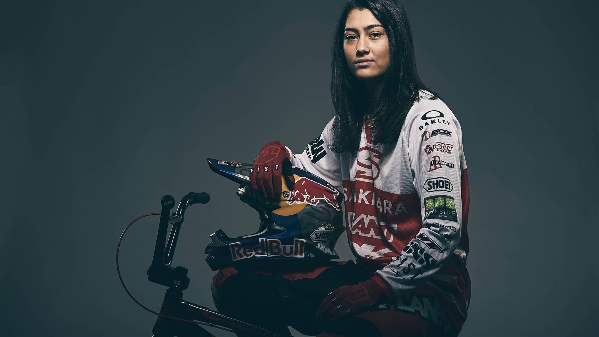 Sakakibara finishes on podium in World Series