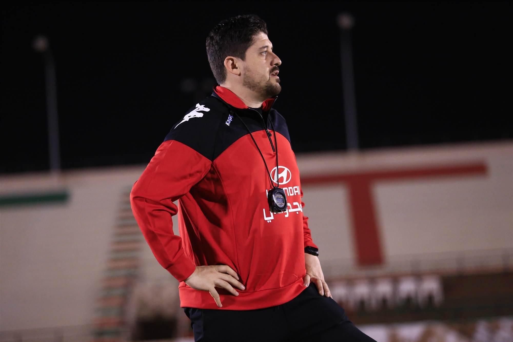 Young Aussie coach links with Yokohama