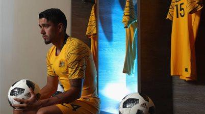 A-League's Wanderers land Socceroo on loan