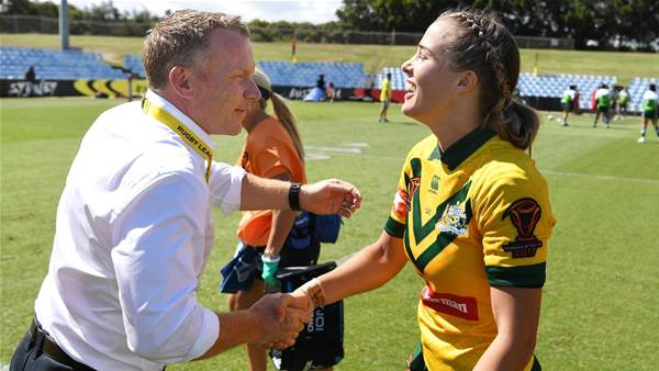 Jillaroos coach extends contract