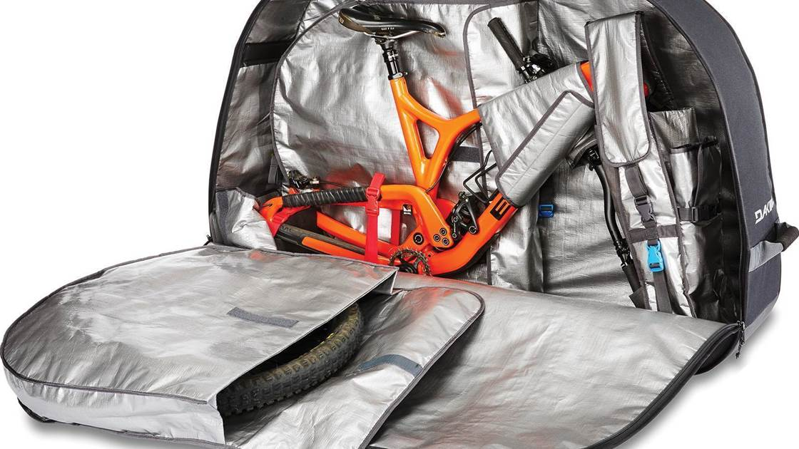 TESTED: Dakine bike roller bag