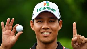 Mun fires ace to share lead at Yeangder TPC