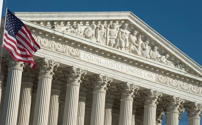 Microsoft wrestles US Supreme Court over privacy