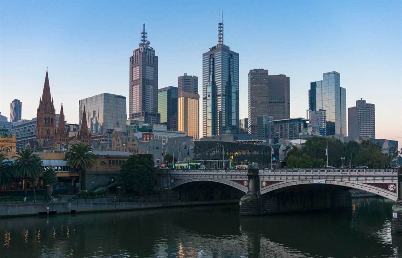 Telstra begins national 4G upgrade with 50 new cells in Melbourne