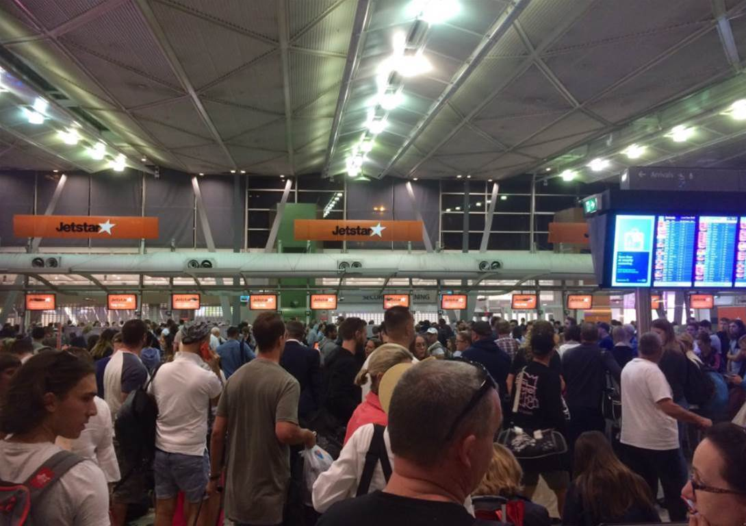 IT failure brings Sydney Airport terminals to a halt