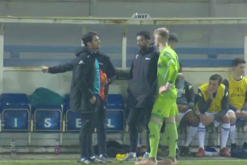 Colourblind keeper causes game delay