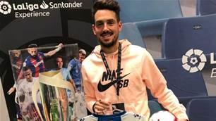 Superstar Neymar Jr picks Aussie D10 for Brazil showcase