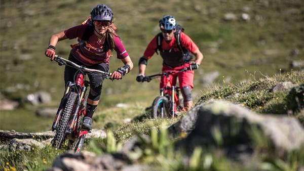 Endless trails in Graubünden with Steffi Marth