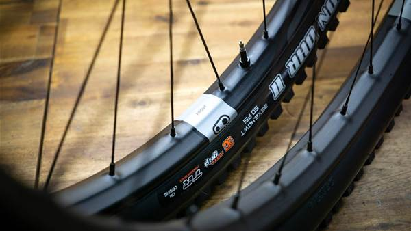 TESTED: Crank Brothers Synthesis E11 Wheels