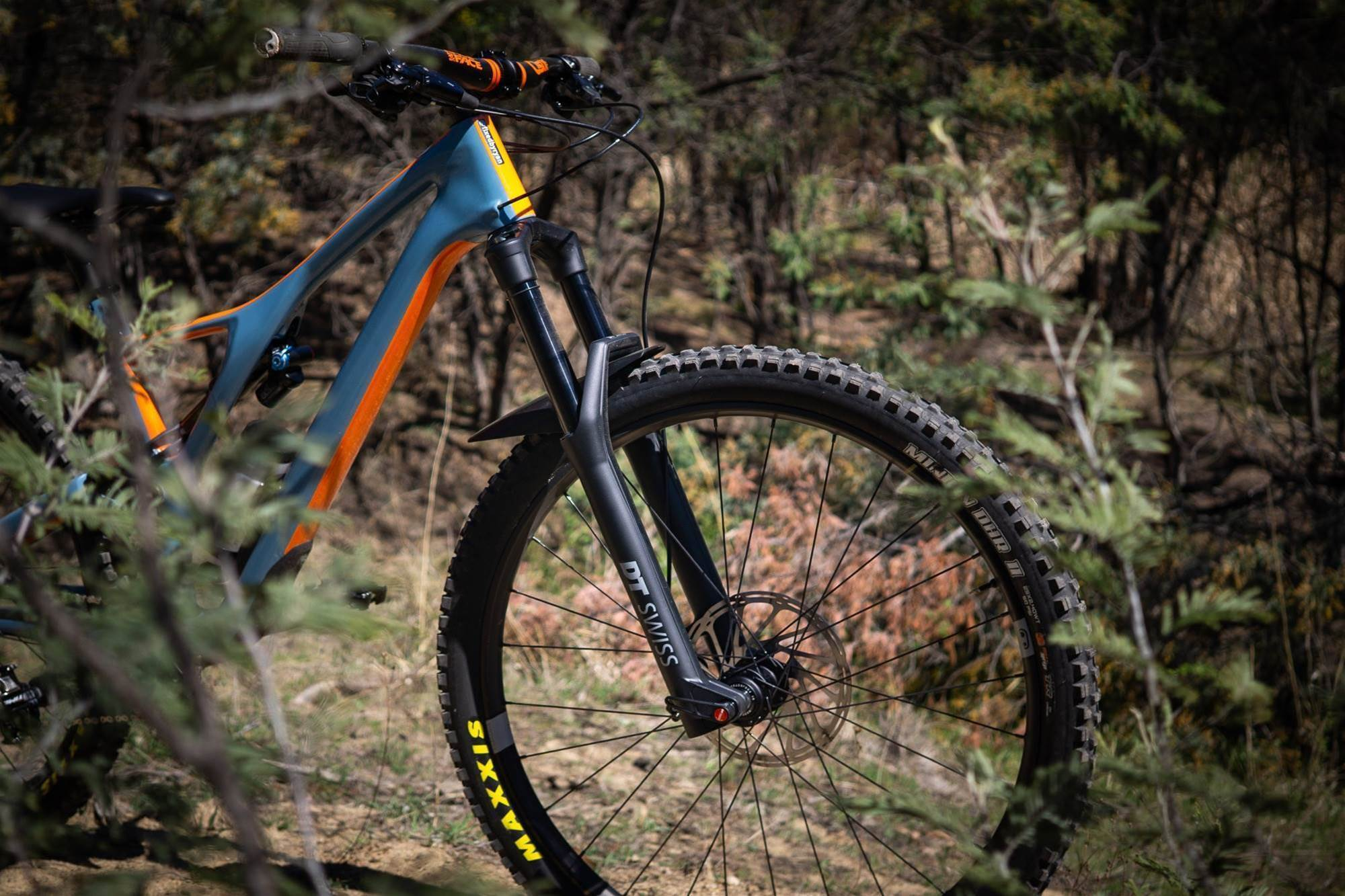 FIRST LOOK: DT Swiss F535 suspension fork