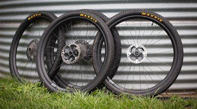 25mm vs 30mm rims for mountain biking