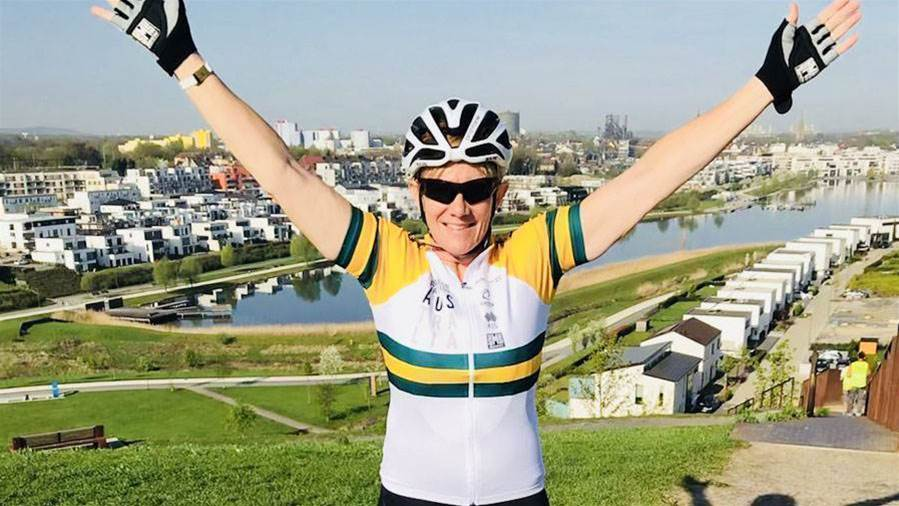 Cooke claims gold in Para-cycling World Cup race