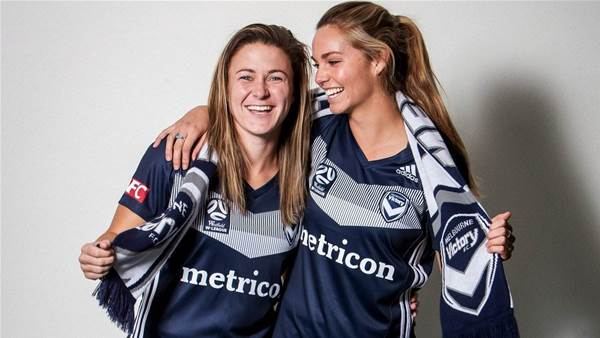 Melbourne Victory sign Orlando Pride duo