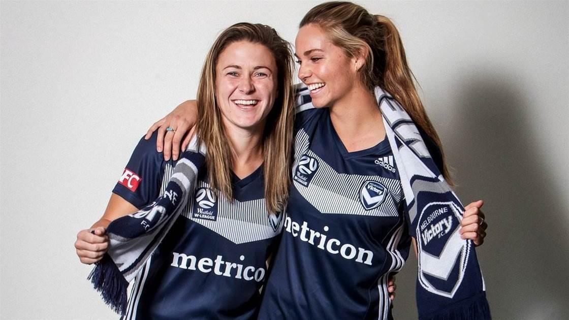 Melbourne Victory sign Orlando Pride duo
