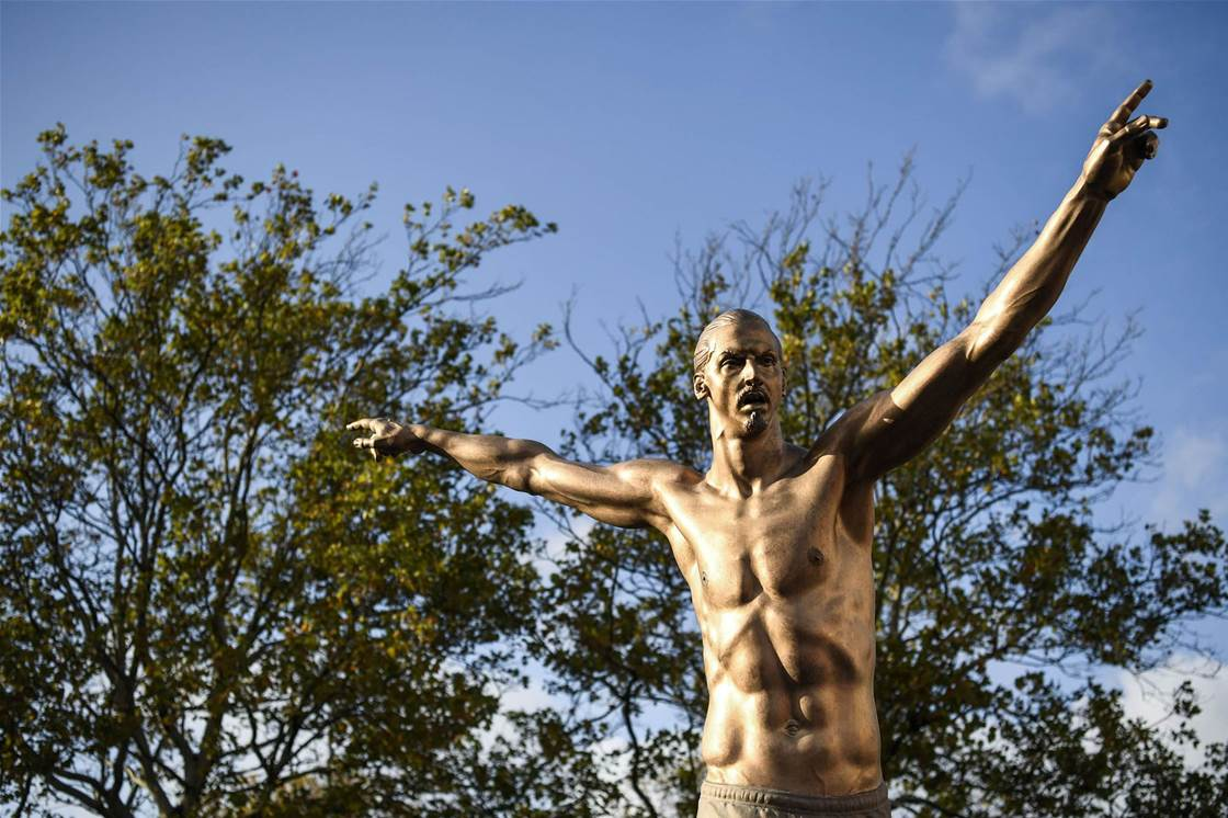 Zlatan Ibrahimovic immortalised by statue in Malmo