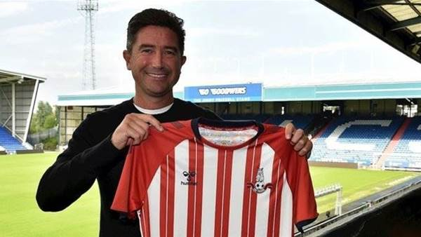 'Itching' Kewell explains his 'old-fashioned' managerial approach
