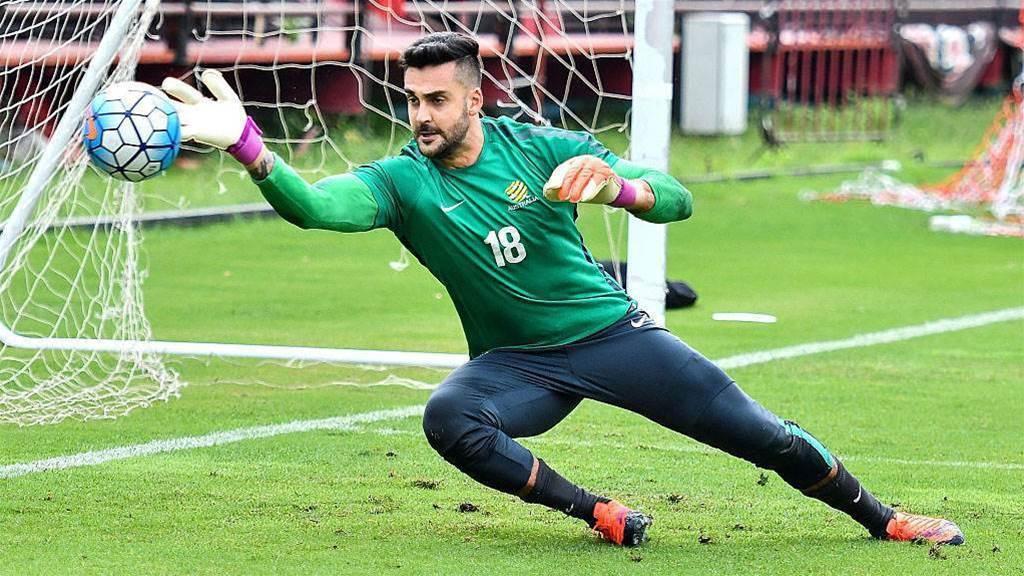 Australian goalkeeper set for Stoke switch - report