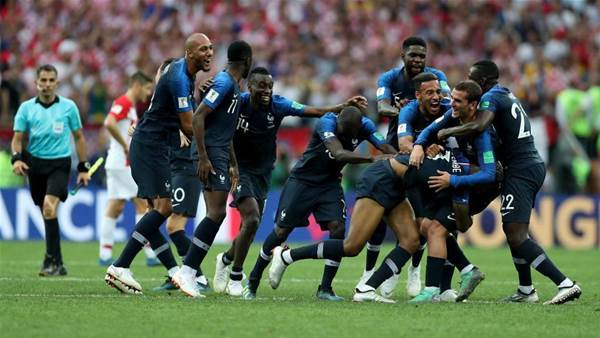 France win 2018 World Cup after beating Croatia 4-2 in final