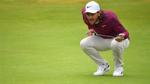 Fleetwood tames Carnoustie again with 65