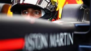 Ricciardo joins Renault next season