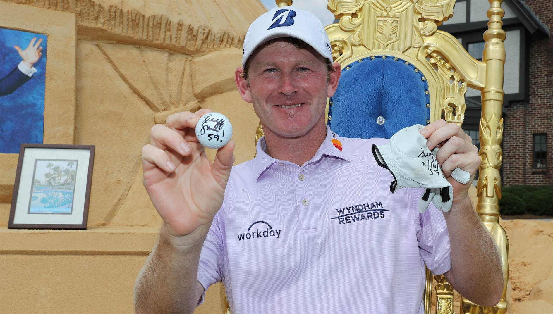 Snedeker becomes 10th to break 60 in PGA Tour history