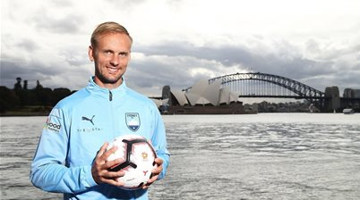 Sky Blue De Jong savouring first Sydney Derby