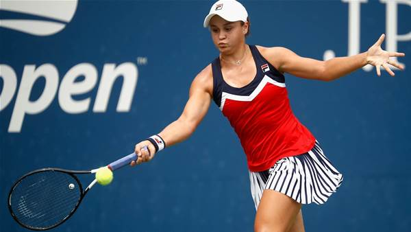 Barty and Gavrilova cruise into next round