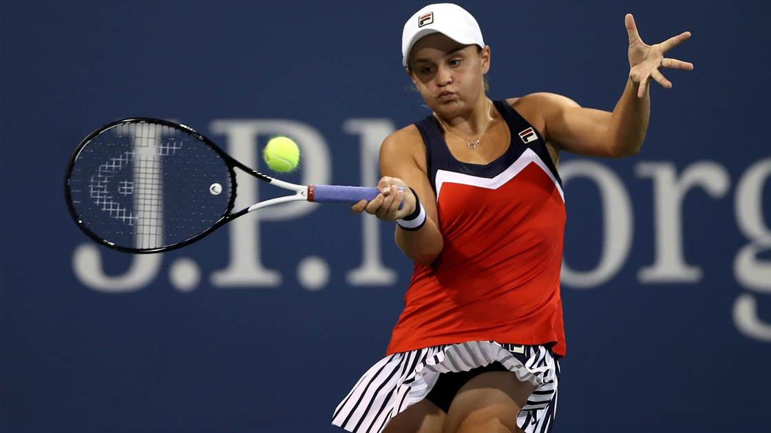 Barty through but Daria bows out