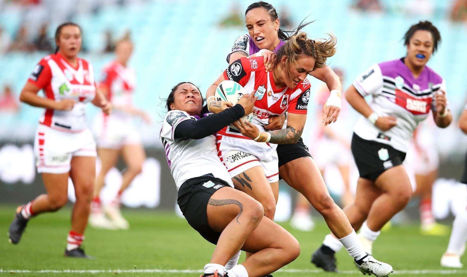 Dragons keep finals hopes alive with emphatic victory