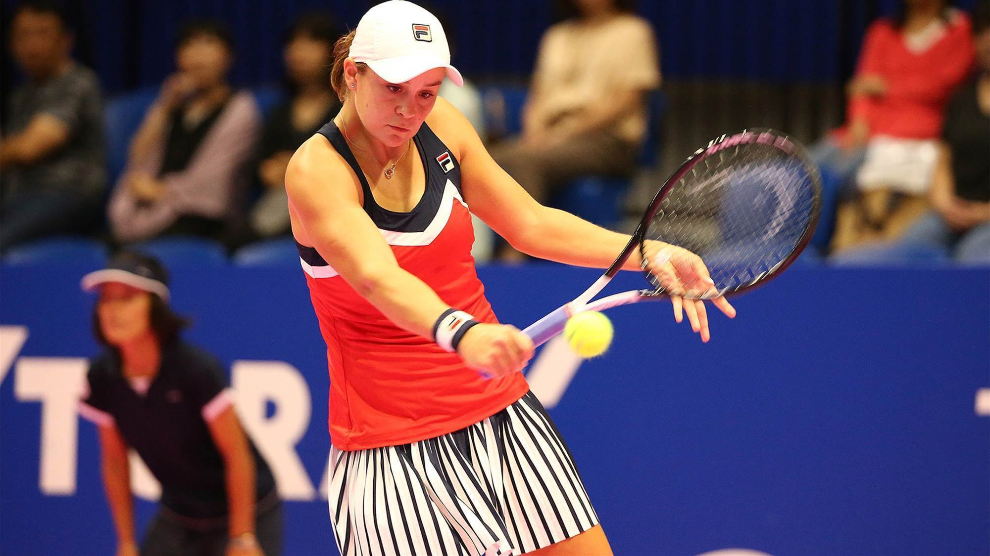 Barty takes it to Kerber
