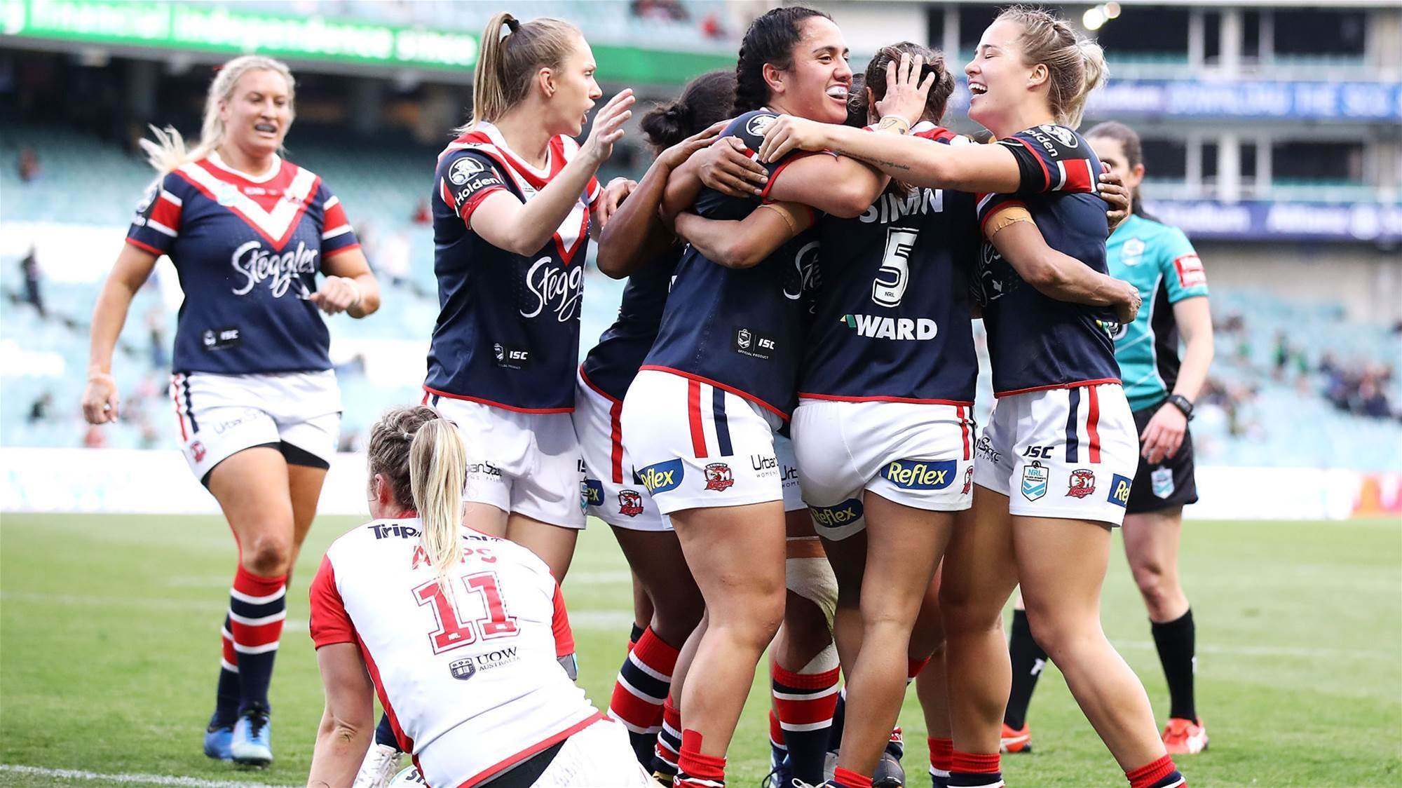 Simon special sends Roosters to Final