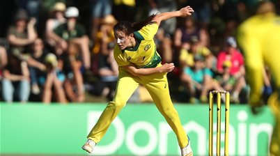 Australia start ODI Series with a bang