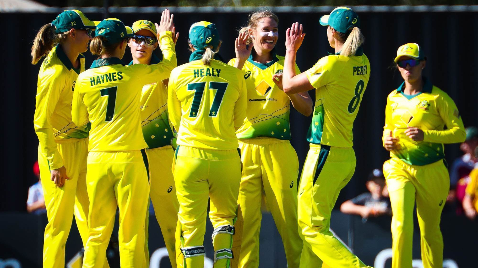 Australia clinch the series with a commanding victory