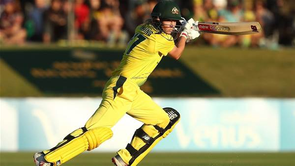 Lanning leads Aussies to victory