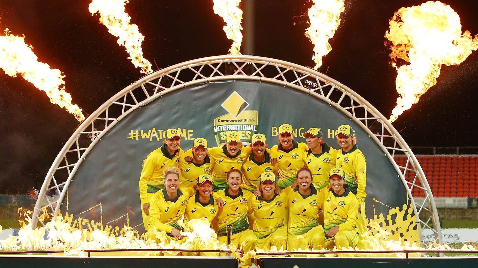 Australia wrap up T20 Series with commanding win