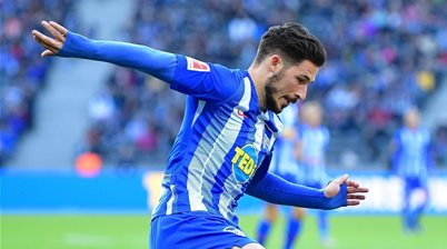 Leckie scores in first start for Hertha Berlin