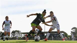 Glory's epic comeback ends in Canberra draw