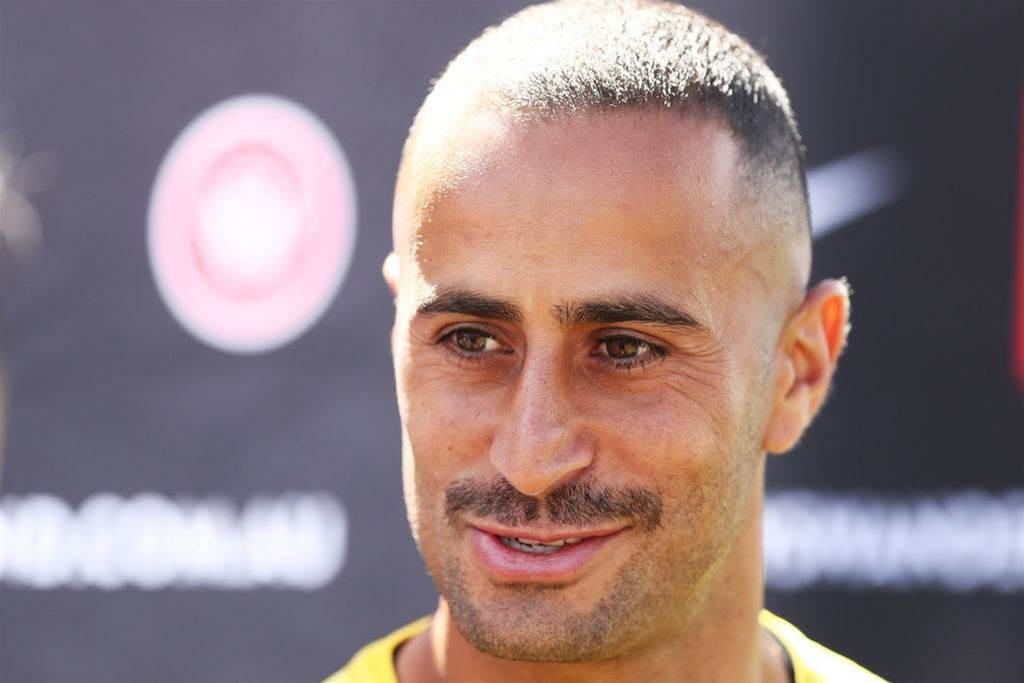 Elrich's A-League rocking equaliser: 'Tap ins are for Oriol Riera'