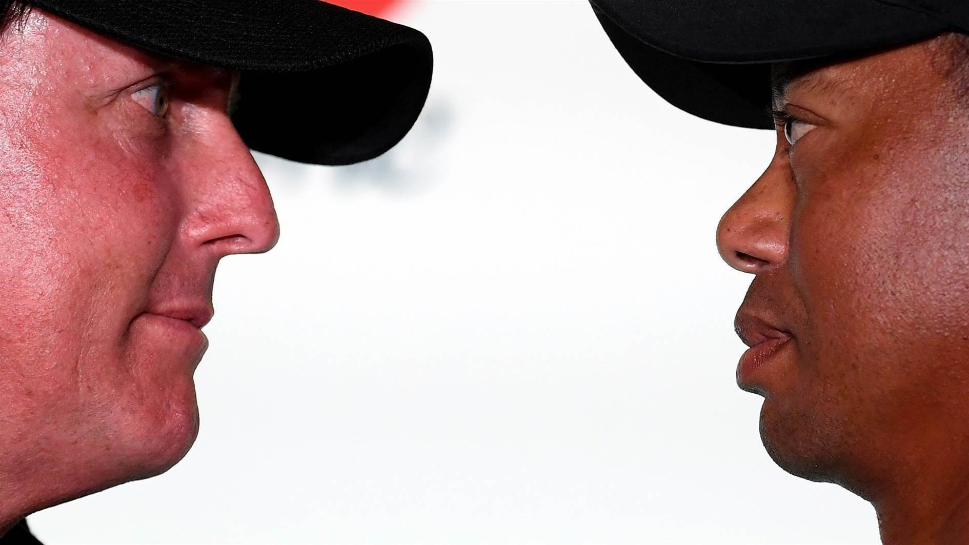 Woods-Mickelson showdown turns love in