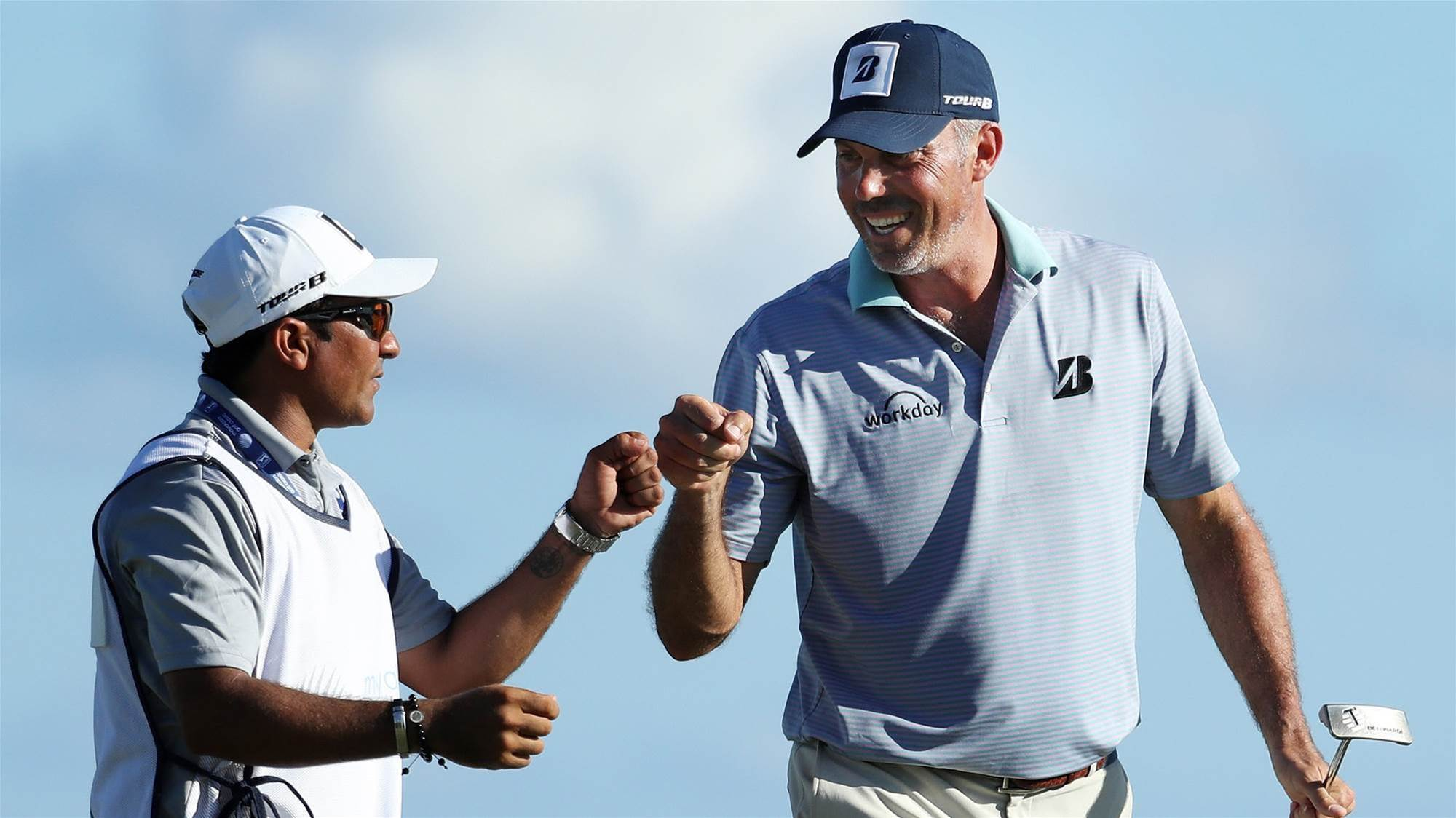 'Sorry' Kuchar agrees to pay caddie $50k